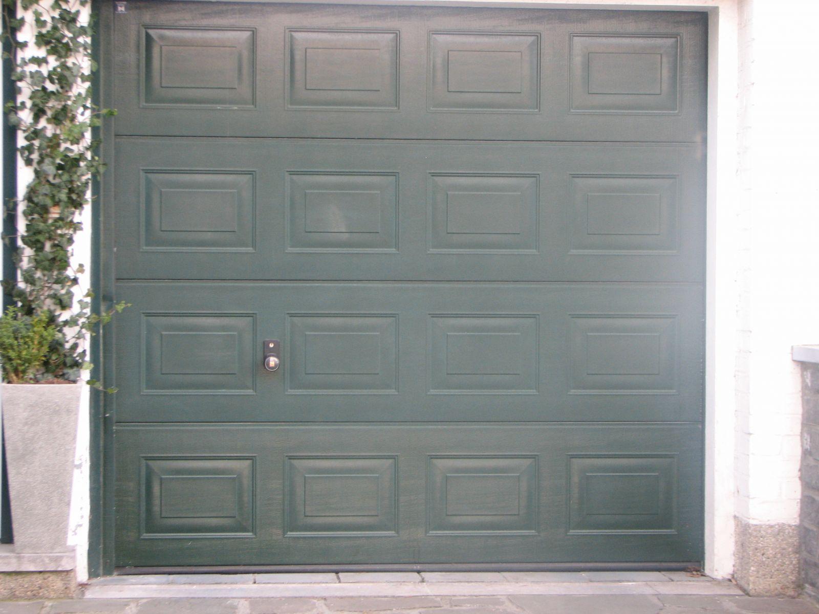 porte garage Vert